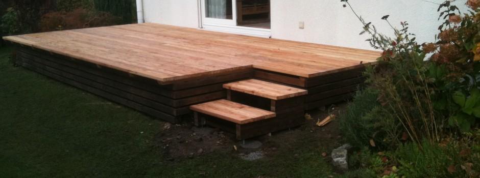 Holzterrasse für den Garten von planwerkholz- Zimmerei in Dresden