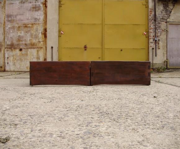 Massivholzbett aus zwei Teilen - maßgefertigt